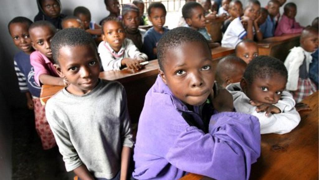 RDC: le gouvernement se veut rassurant sur l'enseignement obligatoire et gratuit