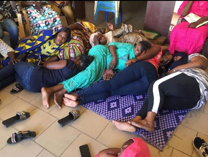La jeunesse féminine de l'Apr Pikine en grève de la faim