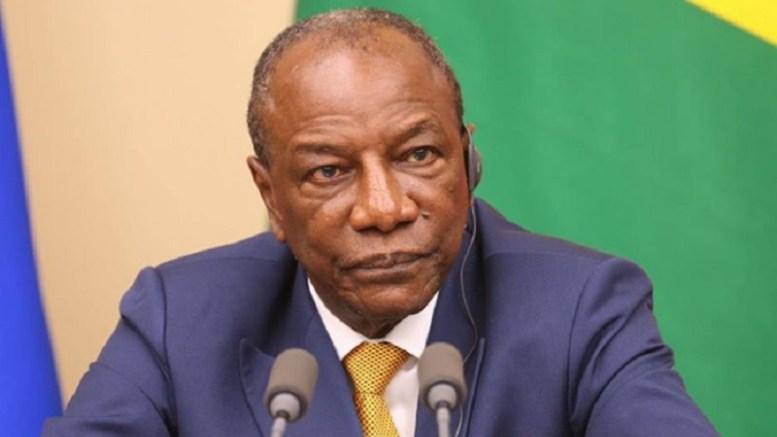 Guinée : Alpha Condé promet des « consultations » sur la Constitution