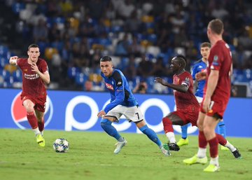 #LigueDesChampions - Kalidou Koulibaly remporte son duel contre Sadio Mané (2-0)