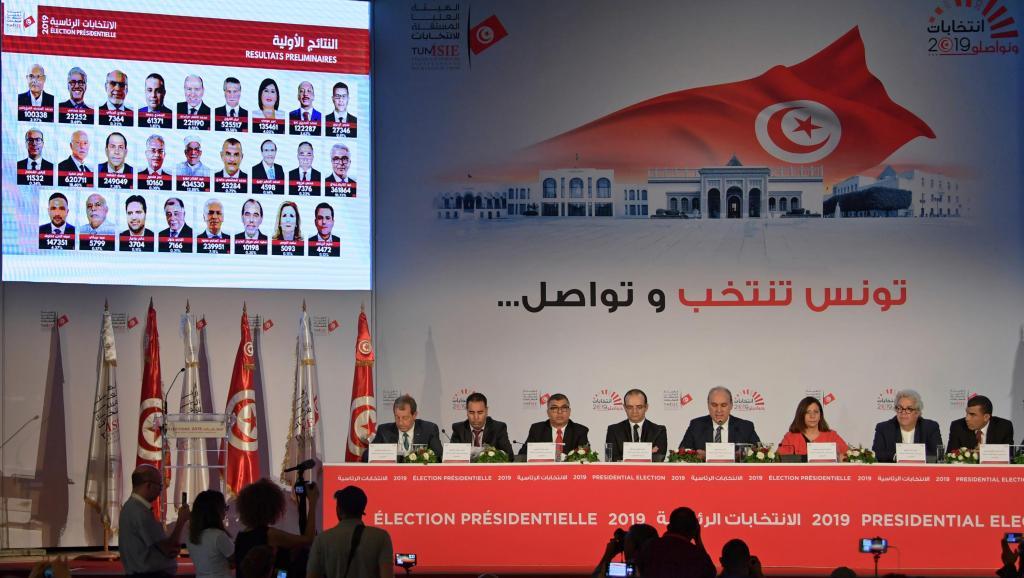 Présidentielle tunisienne: l'inconnue du report des voix au second tour