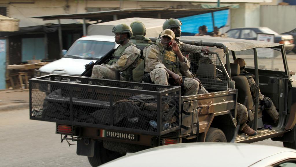 Accès de fièvre entre des militaires des forces spéciales et des policiers