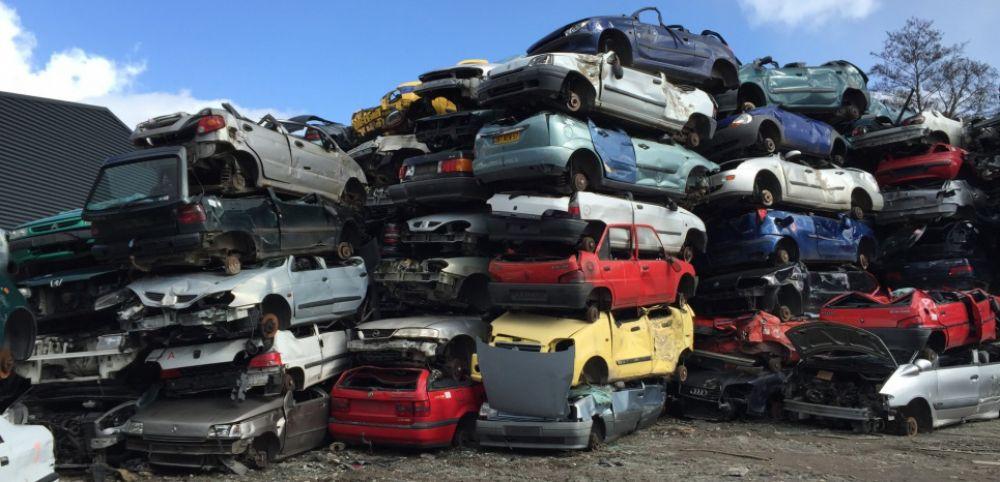 Interdiction d'importer des véhicules âgés de 8 ans: Macky Sall va signer le décret dans des prochains jours
