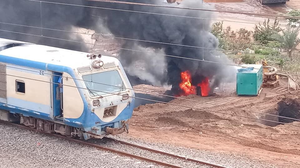 Le pipeline de Dalifort en feu sur les rails