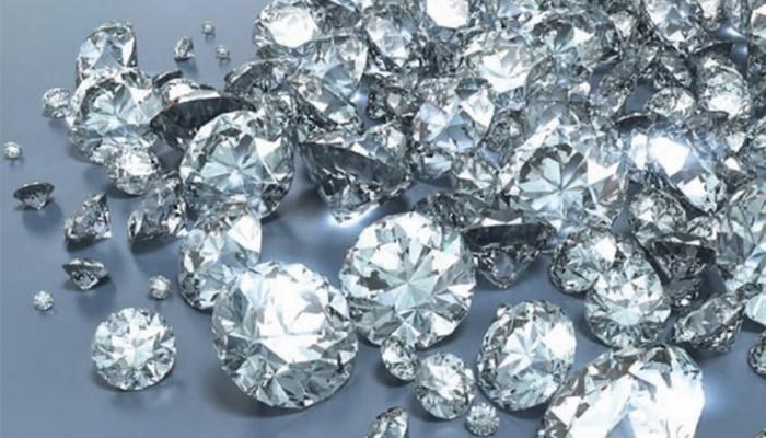 Echanges commerciaux: des produits tels que l'or, les diamants, exportés par les Emirats Arabes-unis vers l'Afrique