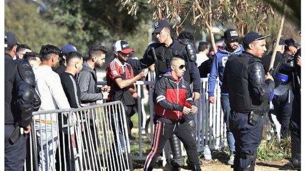 Mobilisation pour une sortie de crise en Algérie