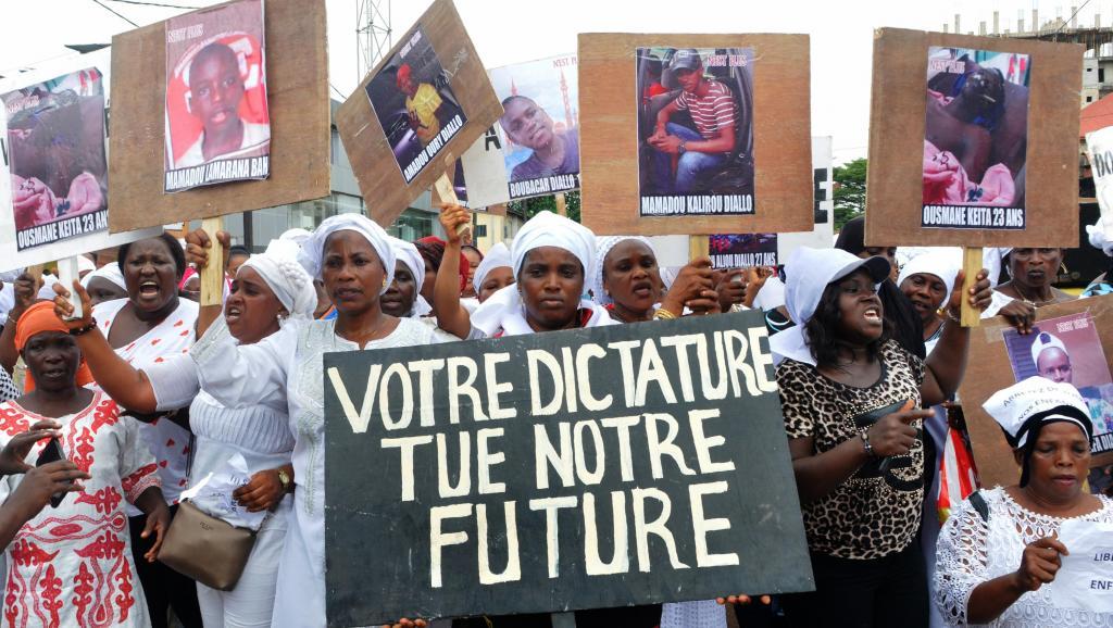Guinée: plusieurs centaines de femmes défilent à l'appel du FNDC