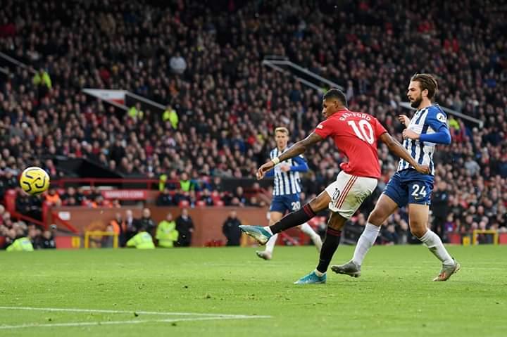 Manchester United s'impose contre Brighton (3-1)