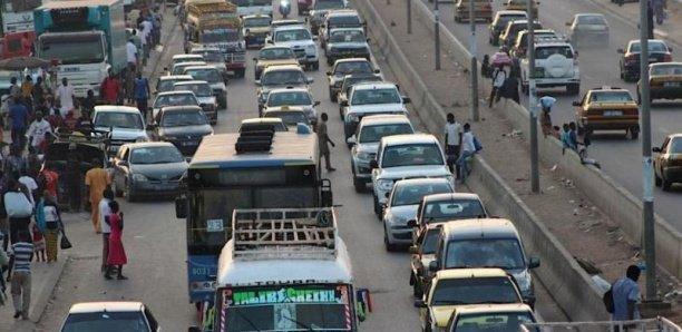 Les embouteillages à Dakar font perdre à l'Etat 108 milliards FCFA par an (ministre)