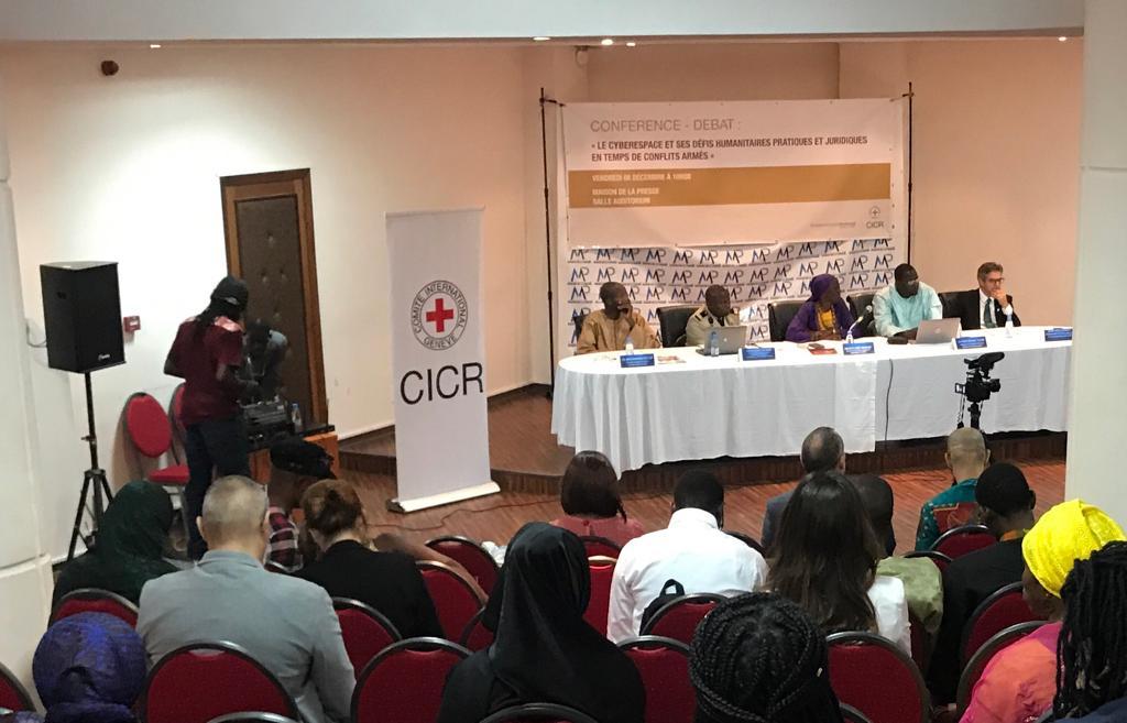 """L'""""Humanitarium itinérant"""", un espace de débats pour apporter des réponses aux défis humanitaires actuels"""