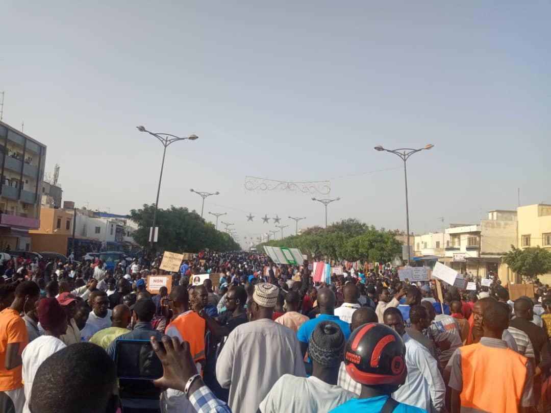 Marche contre la hausse de l'électricité: ÑOO LANK réussit le pari de la mobilisation