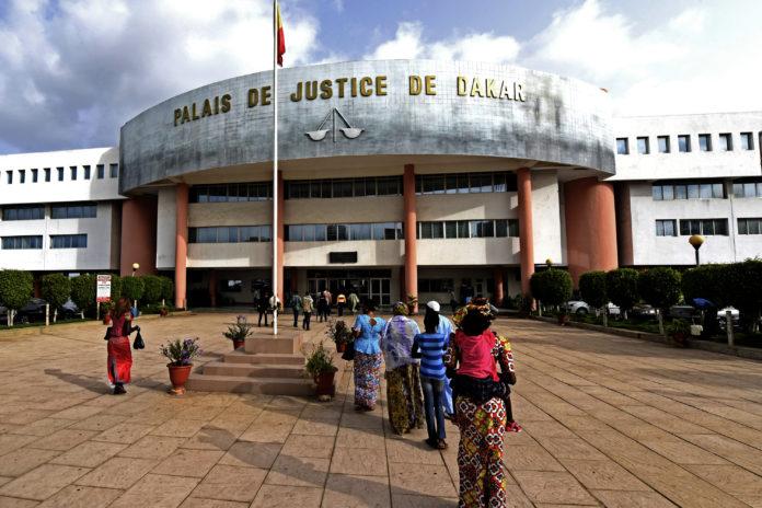 Sextape à Touba: le pharmacien Moussa Mbaye, sa fille et une amie de celle-ci, jugés ce mardi à Dakar