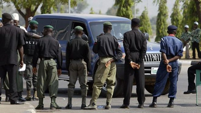 Un policier nigérian tue son collègue et se suicide