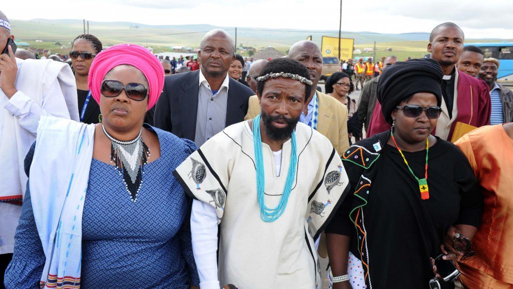 Afrique du Sud: Ramaphosa libère 14 000 prisonniers, dont le roi des Thembu