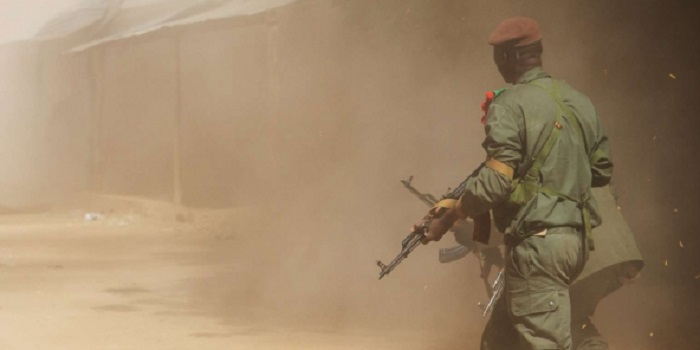 Mali: 5 militaires tués dans une « embuscade » au centre du pays