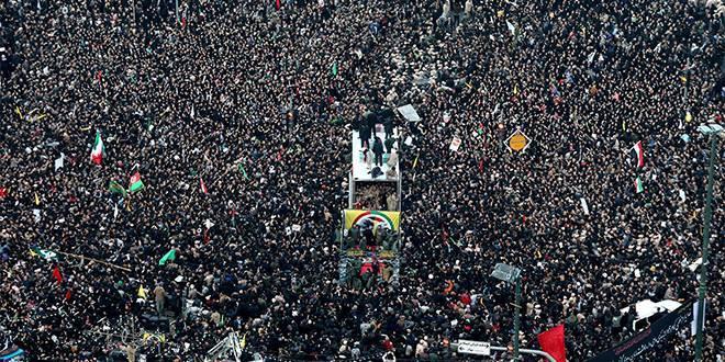 Iran: une bousculade lors des obsèques du Général Soleimani fait 40 morts