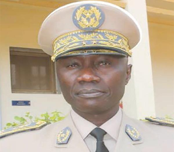 Le Chef d'état-major général des armées, le général Birame Diop, installé