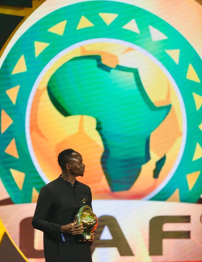 #CafAwards2019 - Sadio Mané élu Ballon d'Or africain