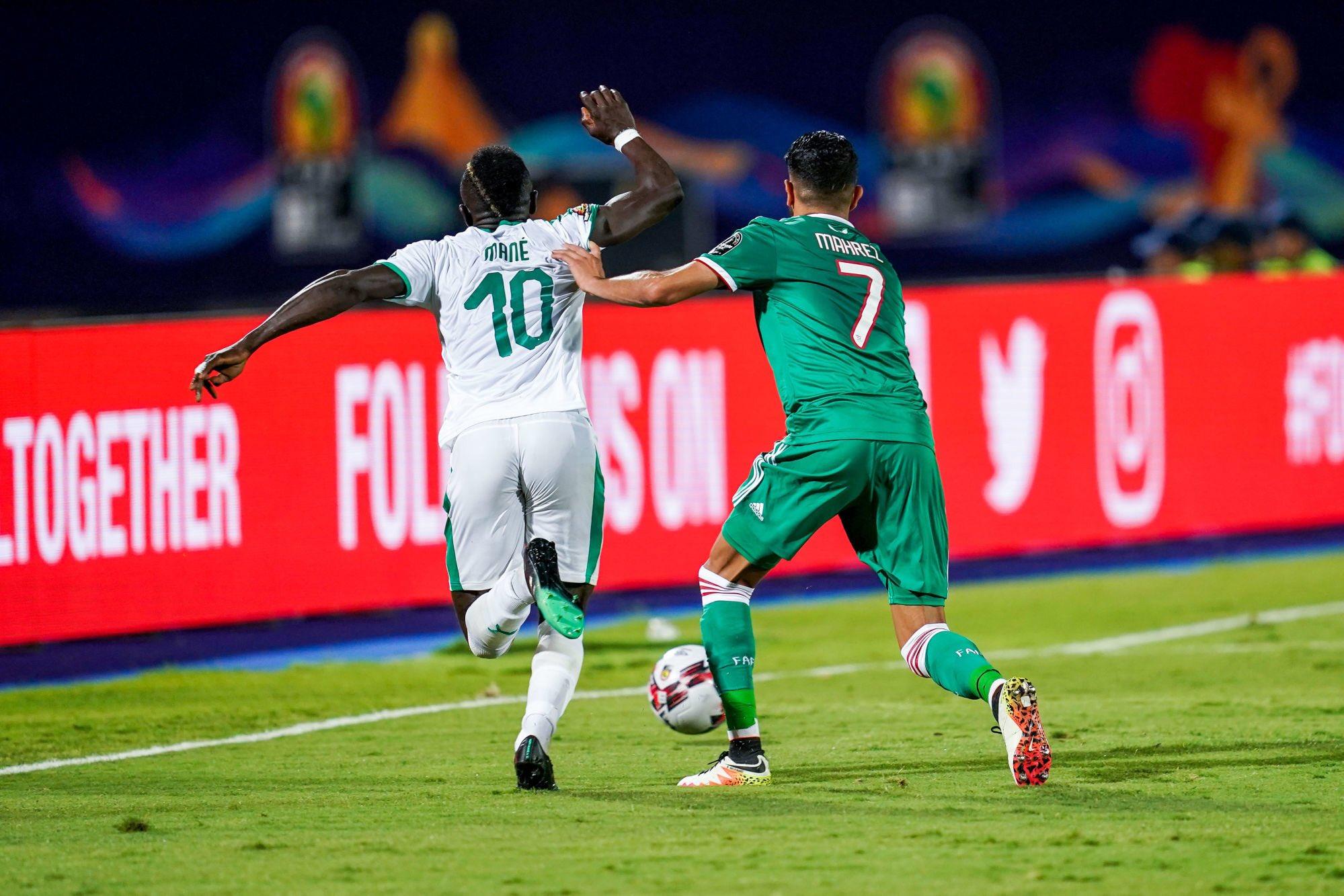 Riyad Mahrez félicite Sadio Mané et s'excuse de son absence