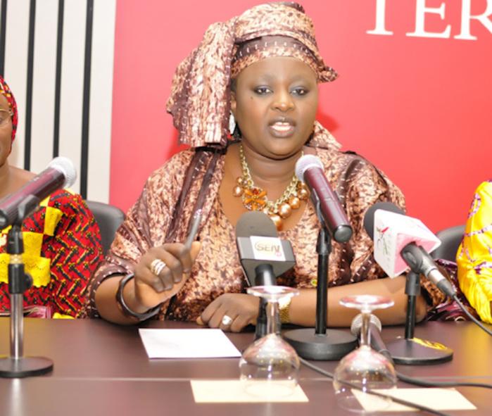 Accusée d'être la meurtrière de Fatoumata Matar Ndiaye, la députée Awa Niang dévastée