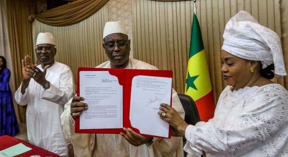 Le décret d'application de la loi criminalisant le viol signé par le chef de l'Etat