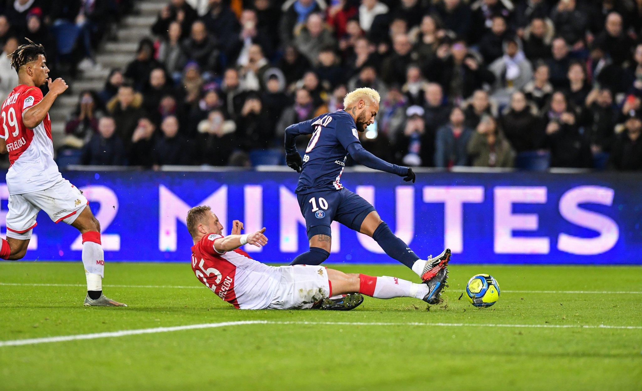 #Ligue1 - Monaco tient en échec le PSG au Parc (3-3)