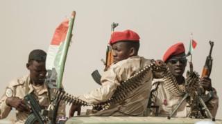 Des tirs nourris entendus dans deux bases militaires de Khartoum