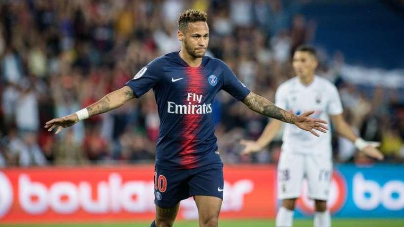 Pas de Barça ni de Réal pour Neymar: le PSG prépare son contrat de prolongation
