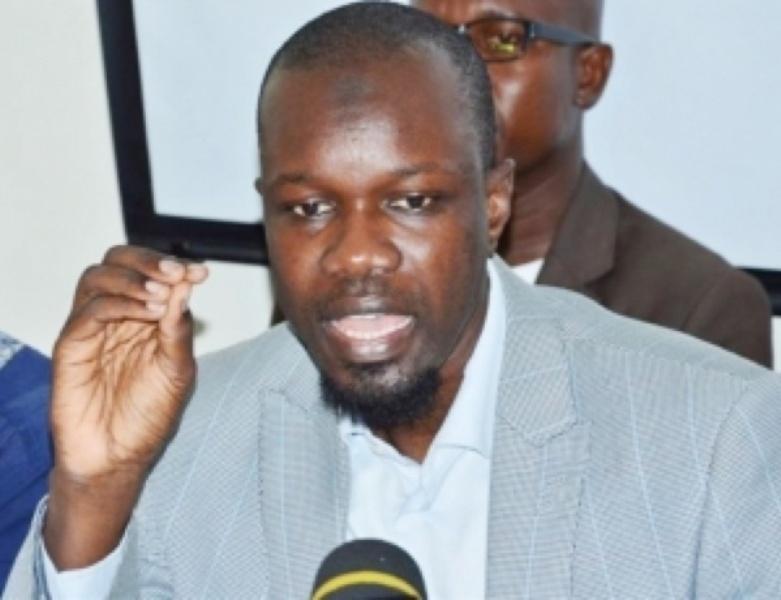 """Macky Sall est """"l'Alpha et l'Oméga"""" du système de corruption au Sénégal (Ousmane Sonko)"""