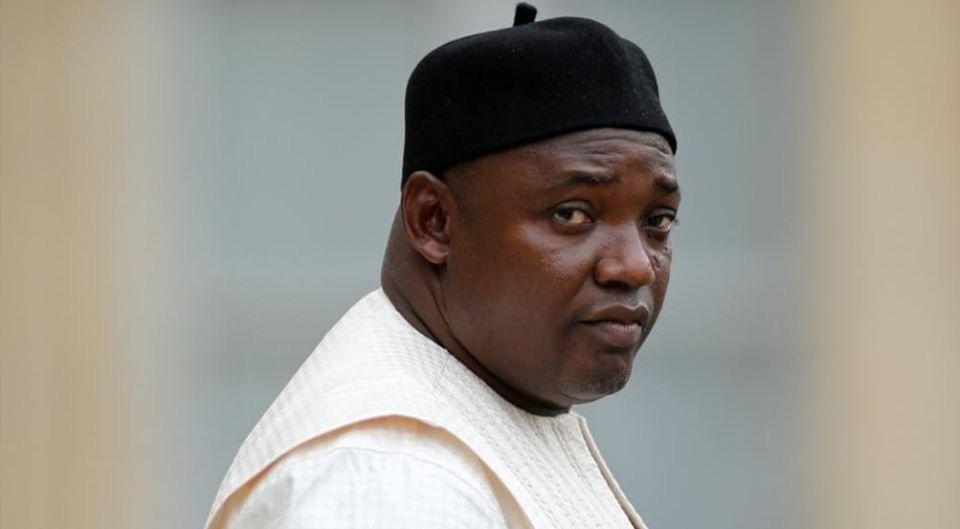 Chaude journée en Gambie: trois morts et des journalistes arrêtés