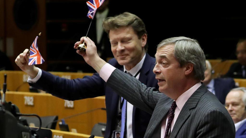 Entre joie et larmes, le Brexit ouvre une nouvelle ère au Parlement européen