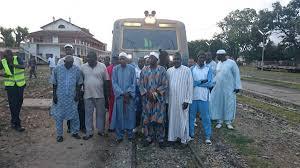 Indemnité de départ à la retraite : des cheminots bloquent la circulation du train à Thiès