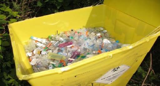 Dakar: une enquête ouverte suite à la découverte de déchets médicaux sur la place du Cap Manuel