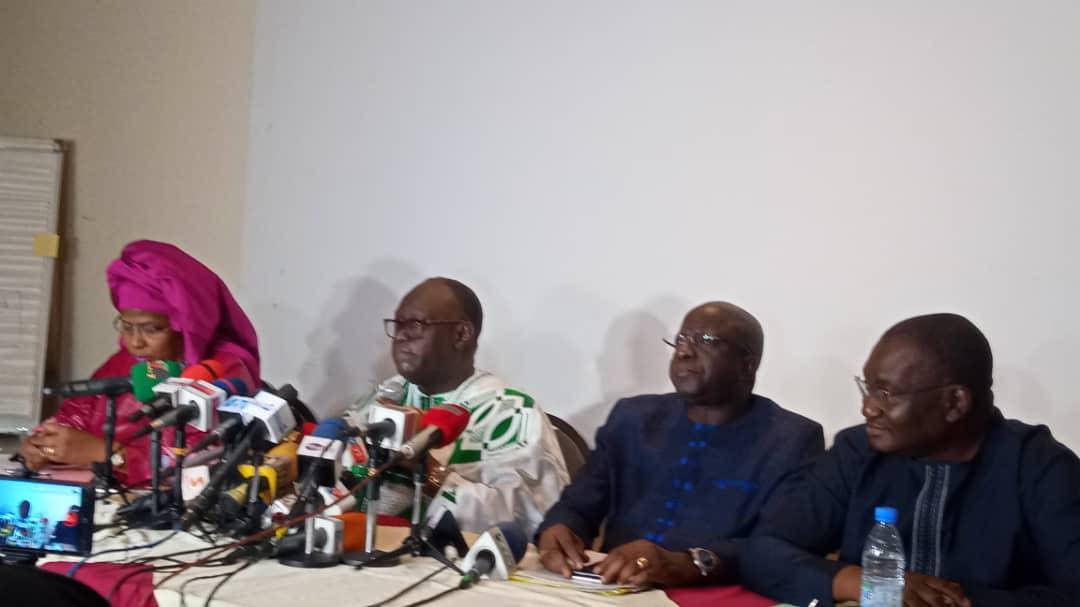 Les avocats de Cheikh Oumar Anne promettent l'enfer à Pape Alé Niang et à Mody Niang