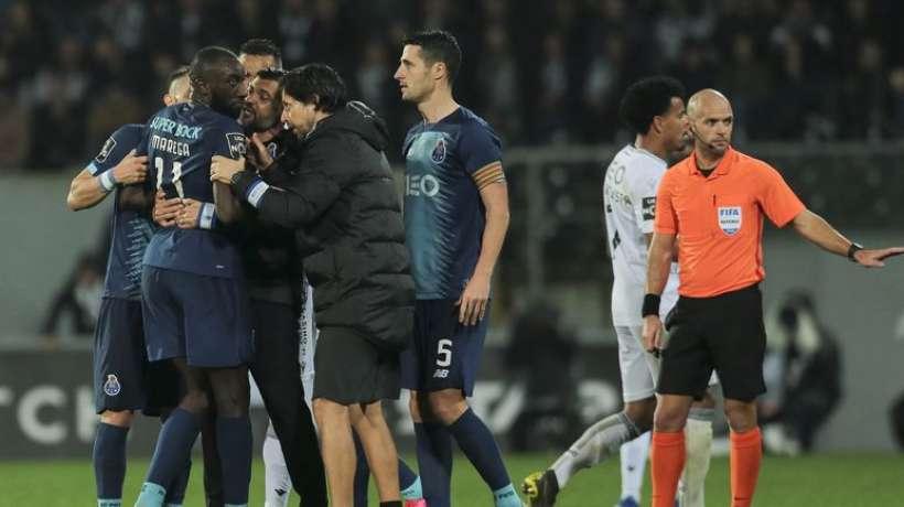 Racisme : le monde du foot apporte son soutien à Moussa Marega