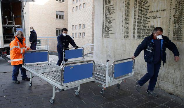 Coronavirus: le bilan passe à 11 morts en Italie