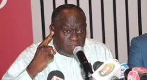 """Me El Hadji Diouf, en conférence de presse vendredi pour """"démontrer  l'impossibilité"""" d'un troisième mandat de Macky"""
