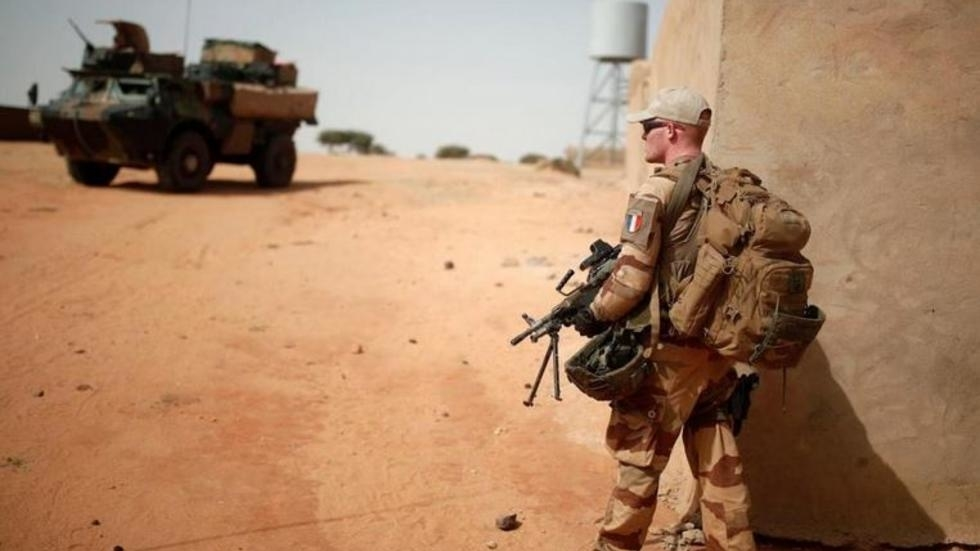 Tiébélé Dramé: les relations France-Mali «cimentées par le sang des jeunes Français»