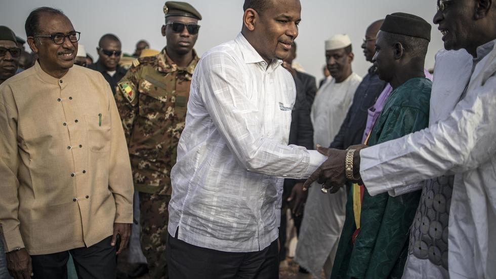 Au nord du Mali, le Premier ministre promet le retour des services publics