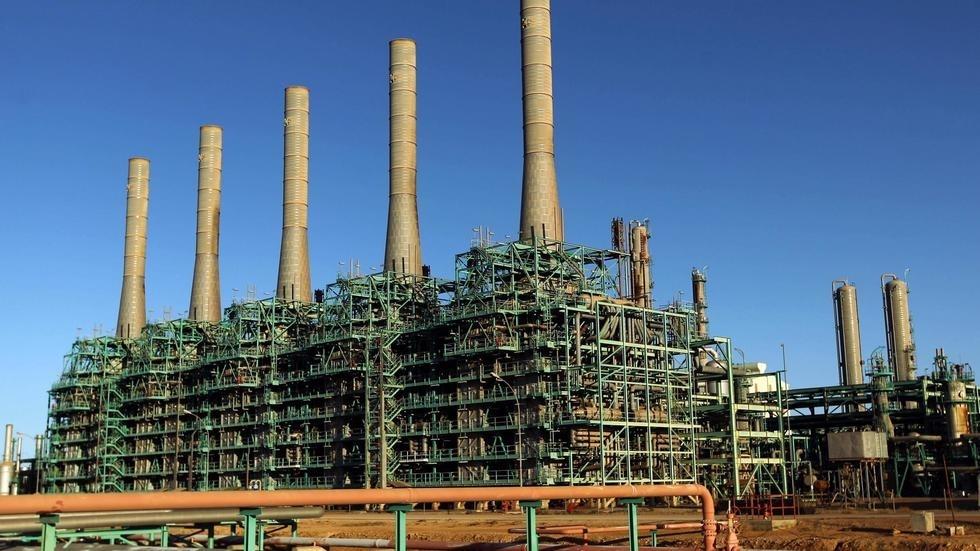 Trafic de carburant en Libye: le gasoil «se déversait directement dans les cuves de Kolmar»