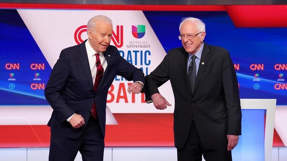 États-Unis: le coronavirus s'invite dans le premier débat Biden-Sanders