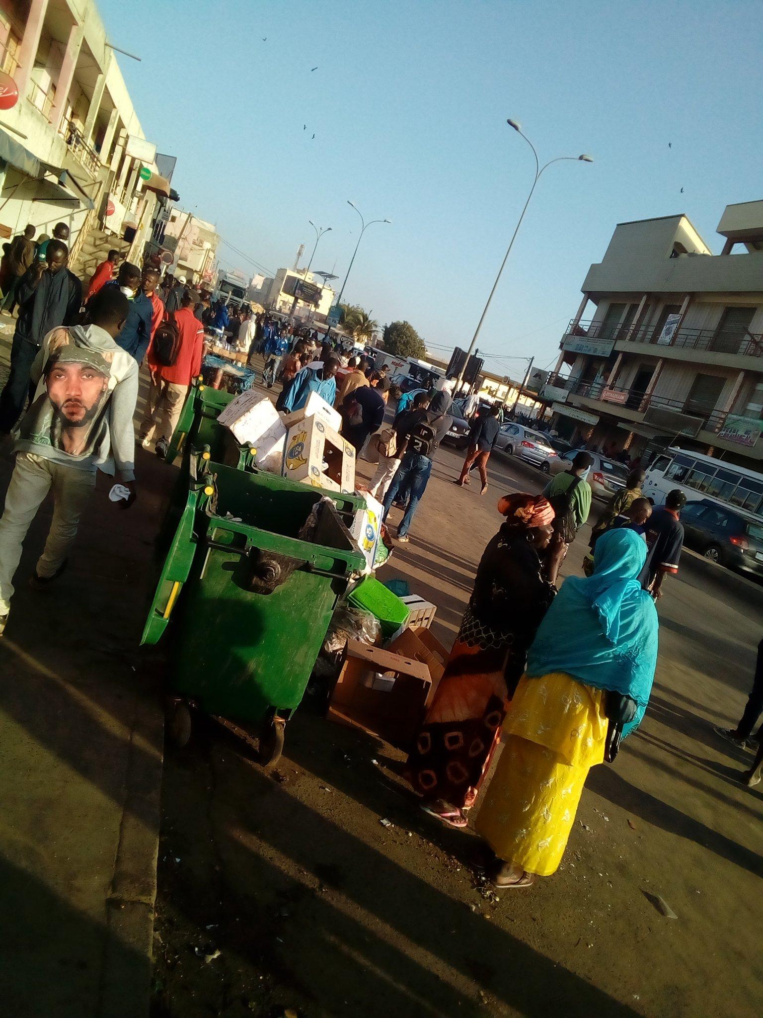 Keur Massar: les nouvelles mesures du ministre des Transports occasionnent de grands rassemblements devant les arrêts bus