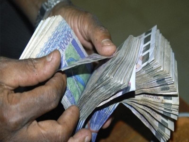 Force Covid-19: Macky coupe à la source un million de F Cfa des salaires des ministres