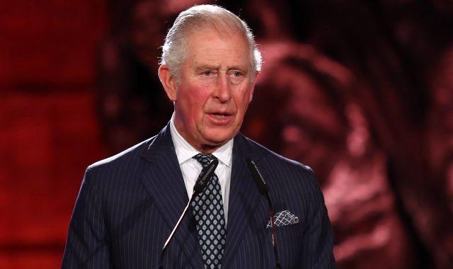 Angleterre: le Prince Charles testé positif au Covid-19