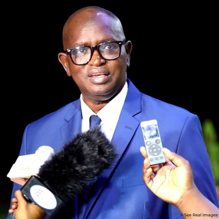 Fauché par le virus, Pape Diouf surprend ! Par Abdou Latif Coulibaly