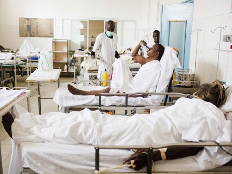 #Covid_19 - 56 lits de réanimation disponibles à Dakar (Directeur du Samu)