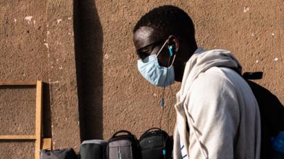 Coronavirus Sénégal: les masques font suffoquer certains citoyens de Louga