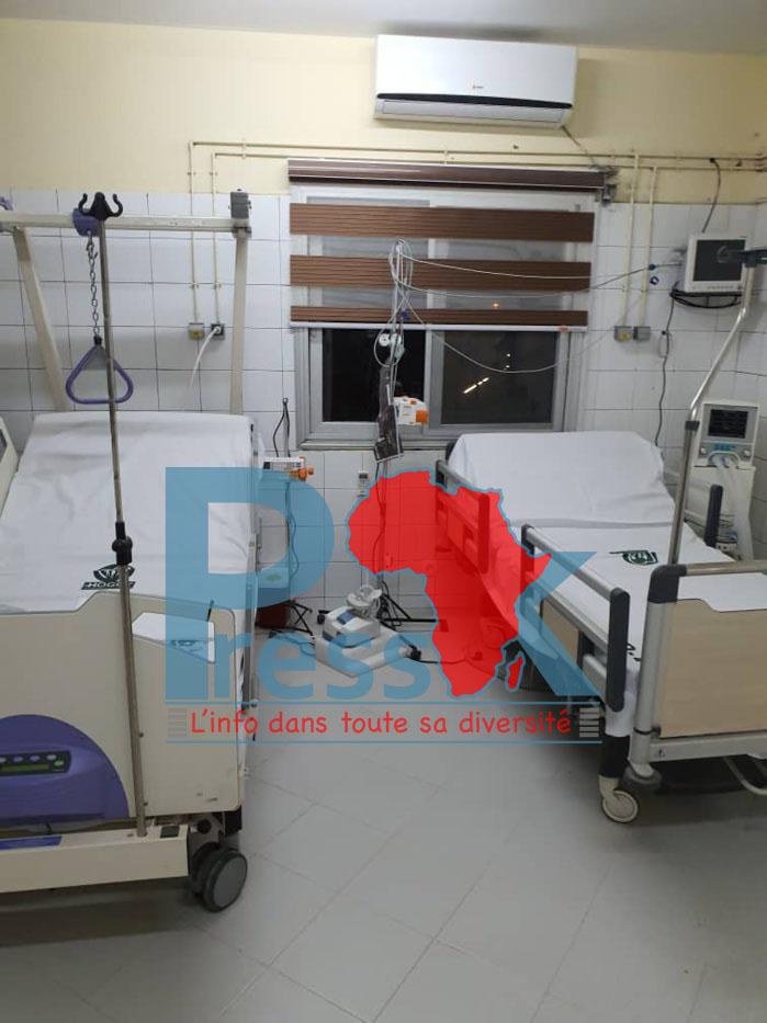 COVID-19: Macky Sall effectue une visite surprise à l'hôpital Général de Grand-Yoff (les images)