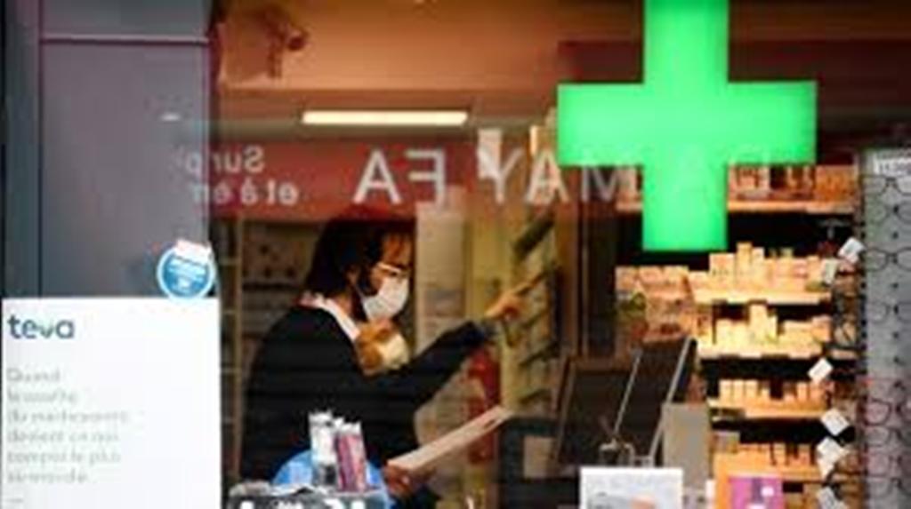 """Coronavirus : les pharmaciens autorisés à vendre des masques """"non sanitaires"""""""