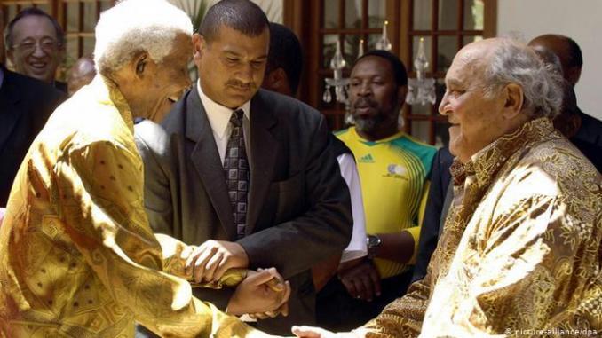 Afrique du Sud: décès de Denis Goldberg, compagnon de route de Nelson Mandela (Portrait)
